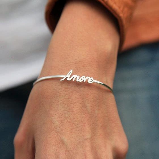 best jewelry brands capucinne bracelet review - Luxe Digital