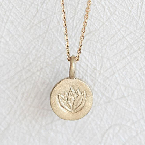 best jewelry brands capucinne necklace review - Luxe Digital