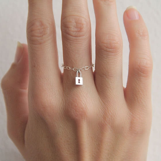 best jewelry brands capucinne ring review - Luxe Digital