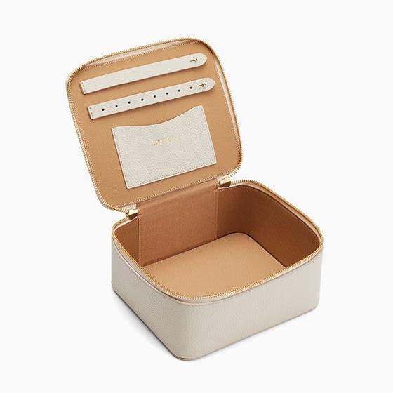 best jewelry brands cuyana jewelry case review - Luxe Digital