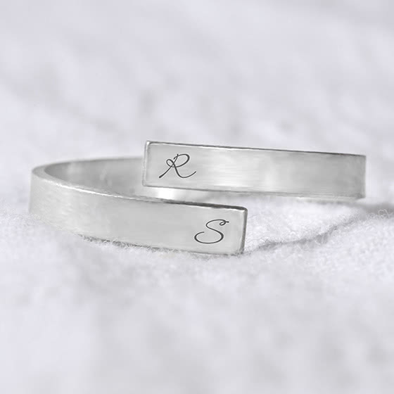 best jewelry brands sincerely silver ring review - Luxe Digital