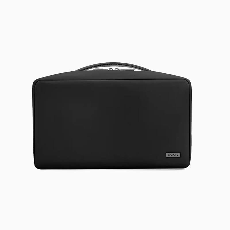 best gift women away toiletry bag - Luxe Digital