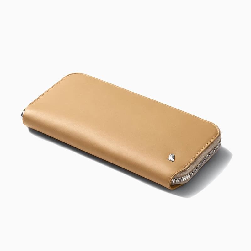 best gift women bellroy folio leather wallet - Luxe Digital