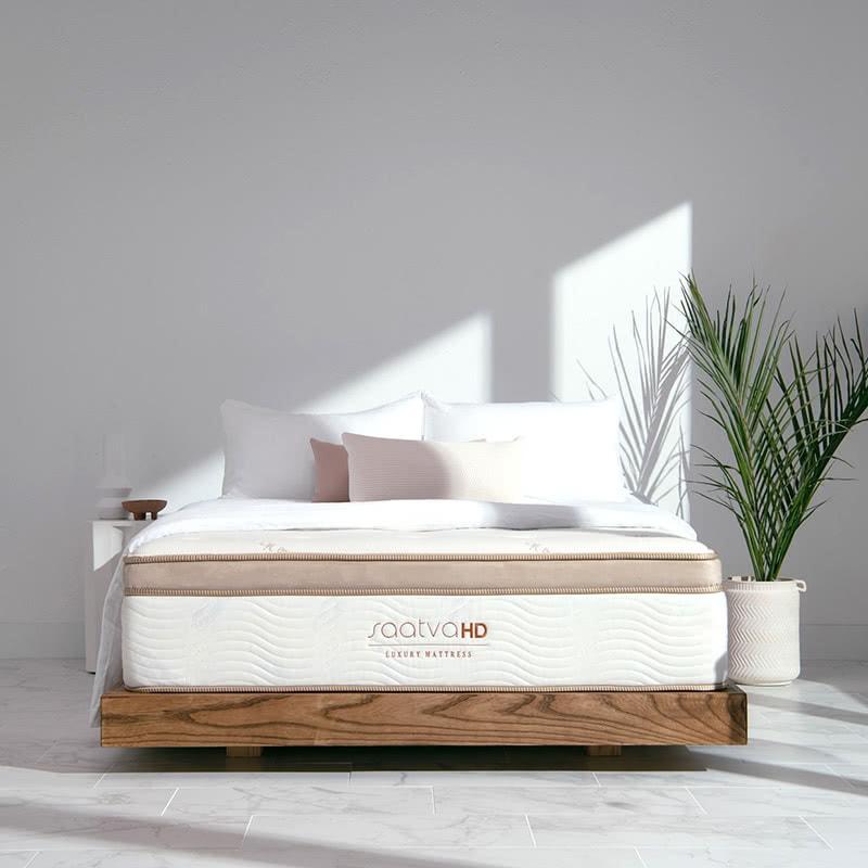 best gift women saatva mattress - Luxe Digital