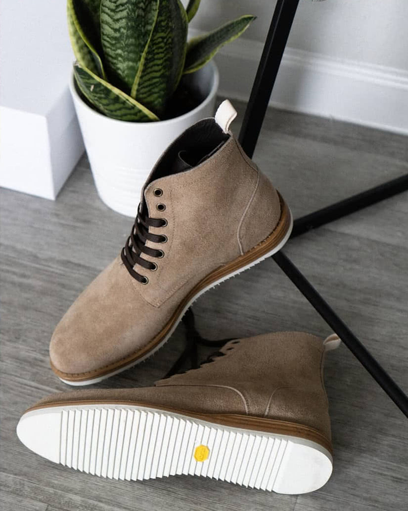 how to clean suede shoes oliver cabell boots - Luxe Digital