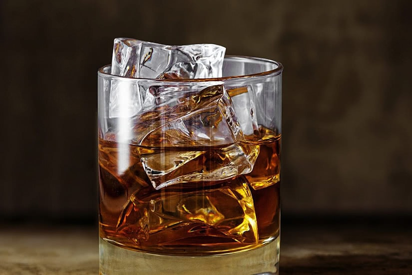 macallan padrino receta cóctel amaretto whisky - Luxe Digital