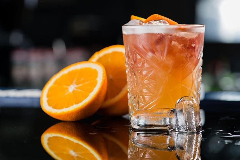 Receta de cóctel con destornillador de vodka smirnoff - Luxe Digital
