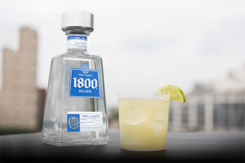 Receta de cóctel de tequila 1800 ingredientes margarita - Luxe Digital