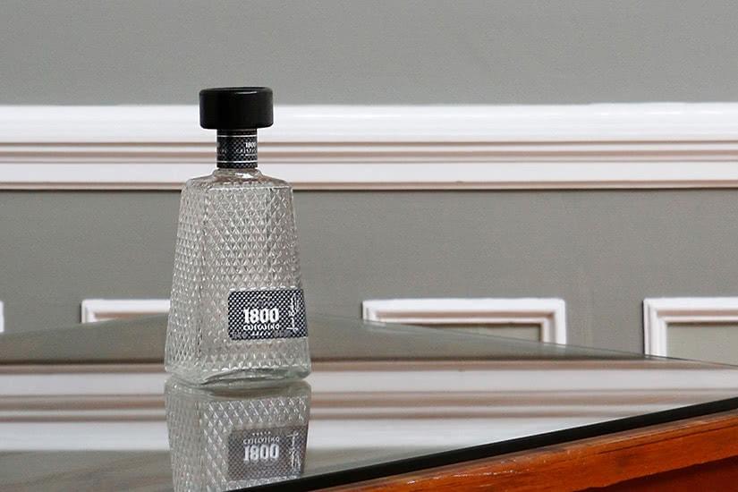 1800 tequila review precio de botella tamaño - Luxe Digital