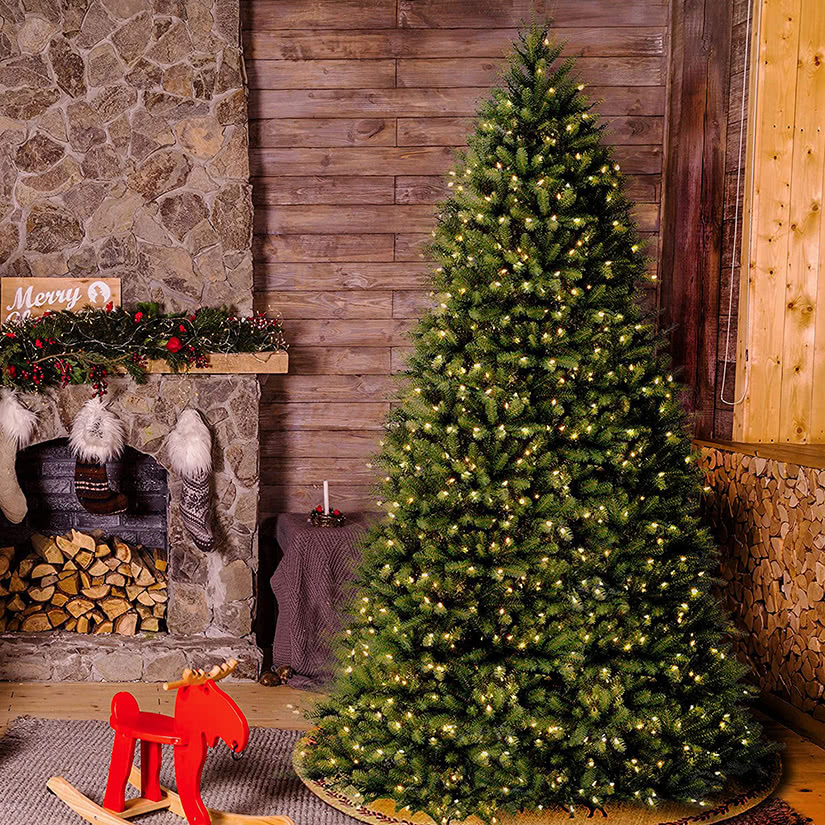 best fake christmas trees review - Luxe Digital