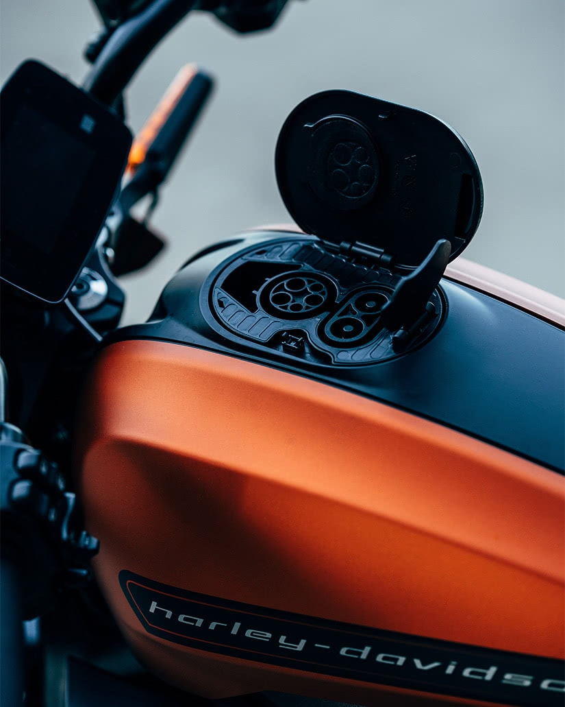 best electric motorcycles 2021 luxury Harley-Davidson LiveWire charging port - Luxe Digital