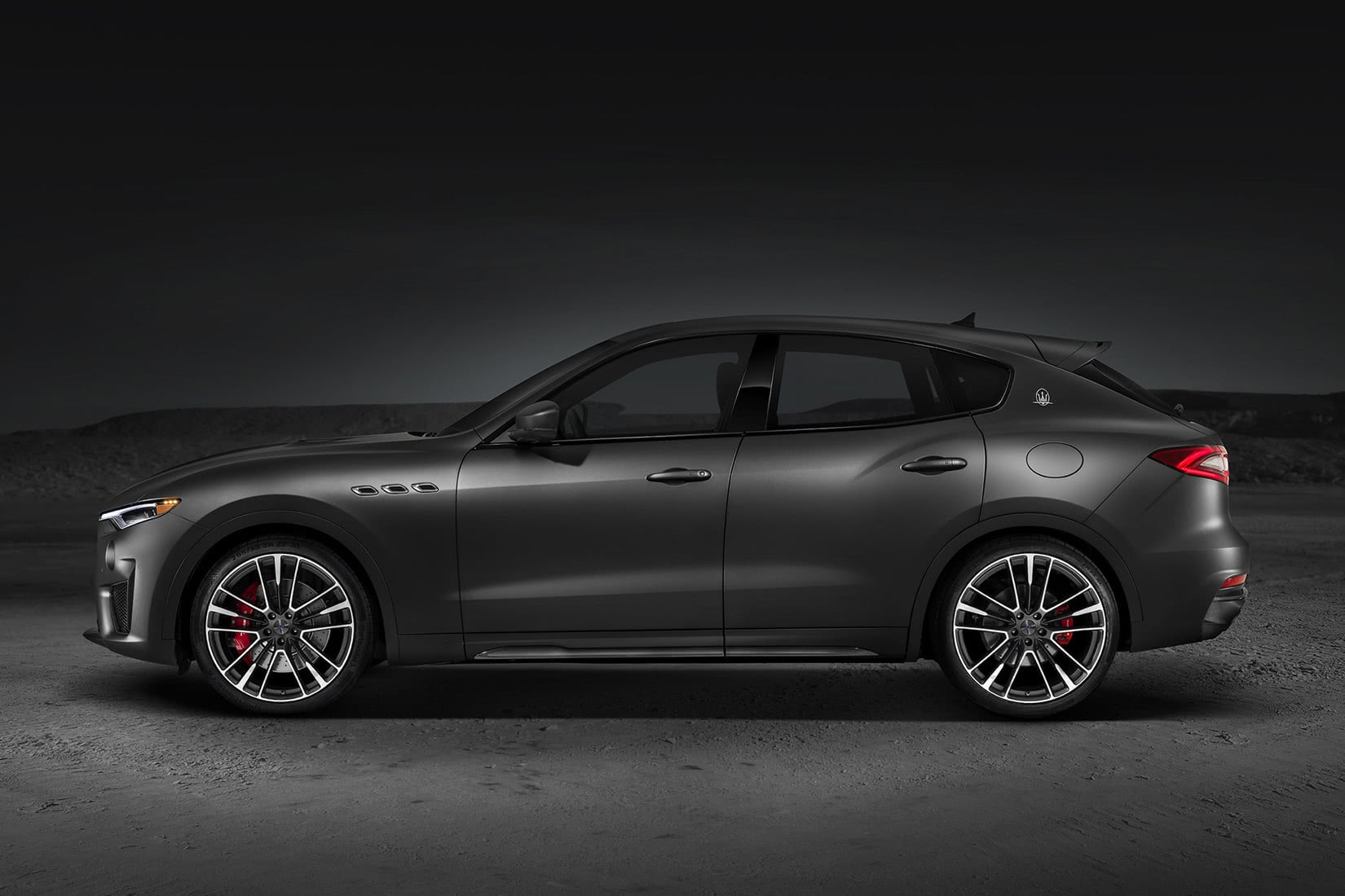 best luxury suv 2021 Maserati Levante Trofeo - Luxe Digital