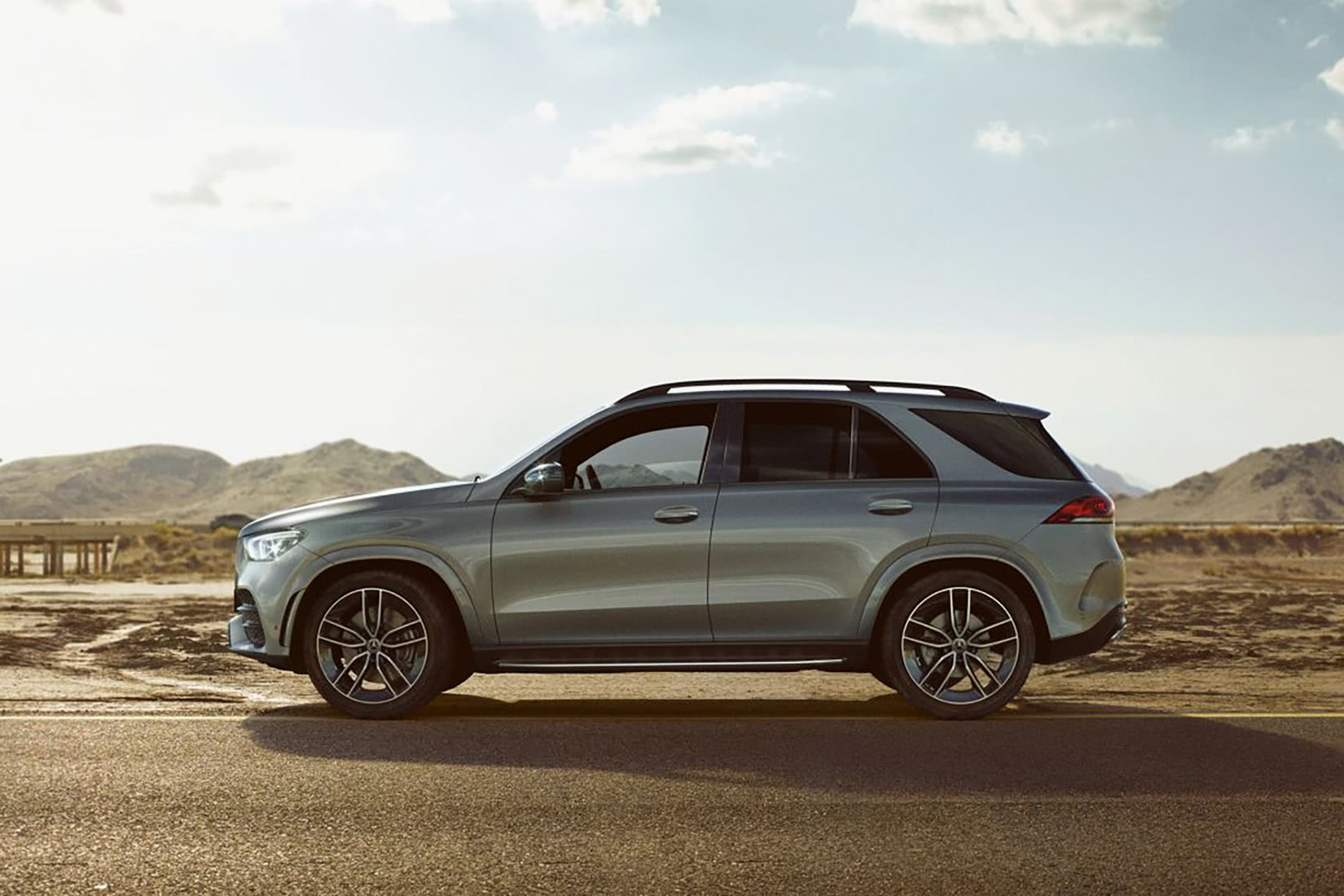 best luxury suv 2021 Mercedes-Benz GLE - Luxe Digital