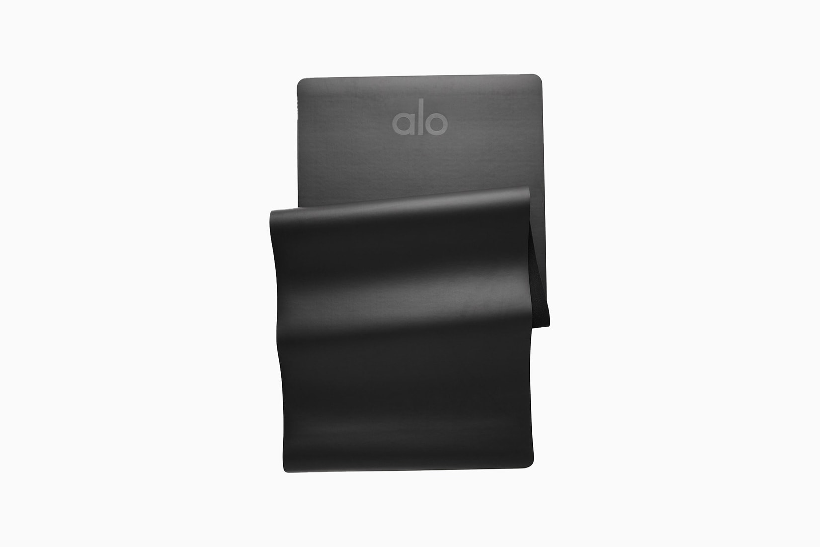 best yoga exercise mat Alo Yoga Warrior review - Luxe Digital