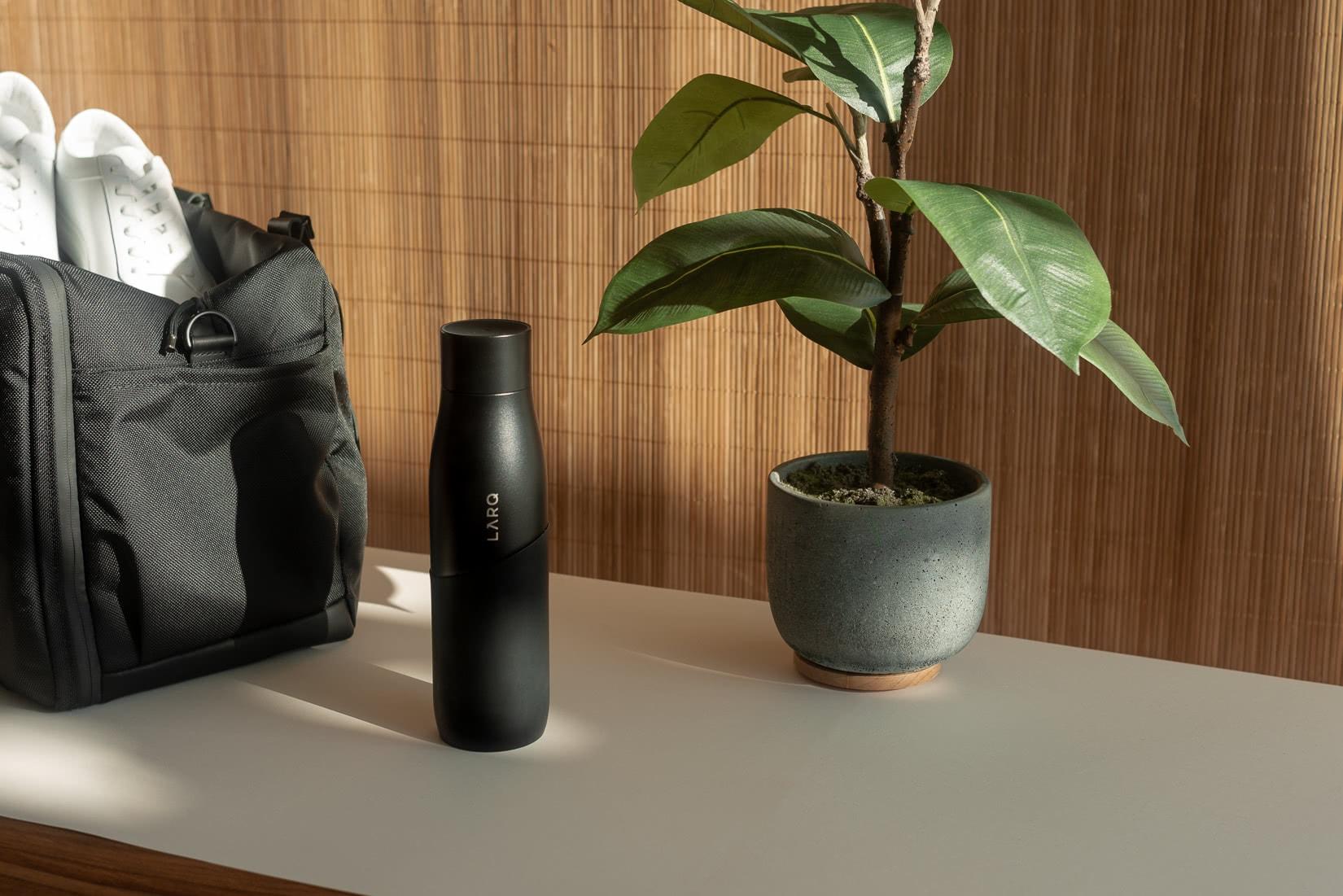 LARQ movement water bottle review - Luxe Digital