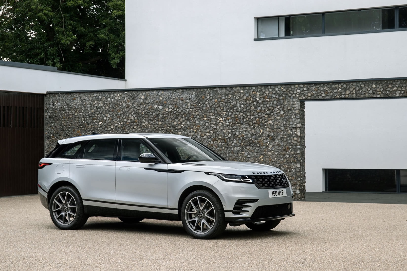 best luxury car brand Land Rover - Luxe Digital