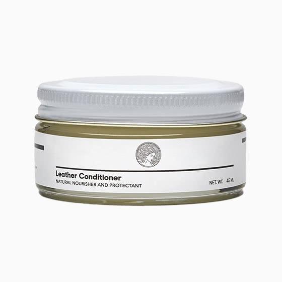 acondicionador de cuero para zapatillas de deporte oliver cabell review - Luxe Digital