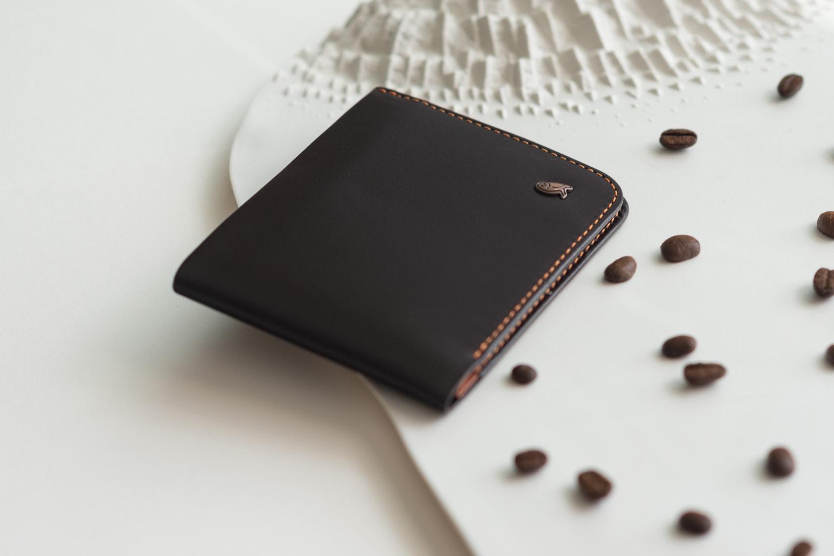 Bellroy hide and seek wallet - Luxe Digital