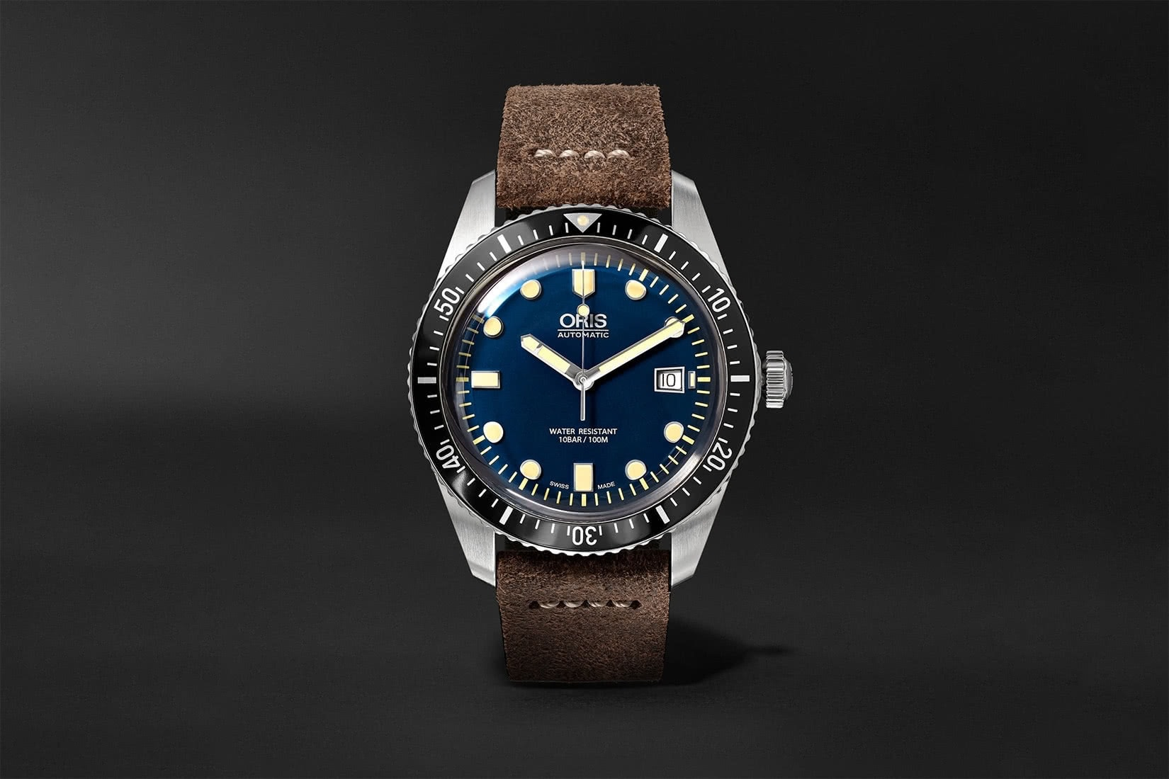 best men watch oris divers sixty five review - Luxe Digital