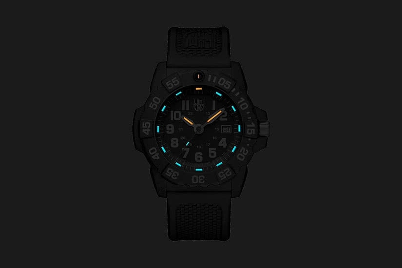 best men watches military luminox navy seal review - Luxe Digital