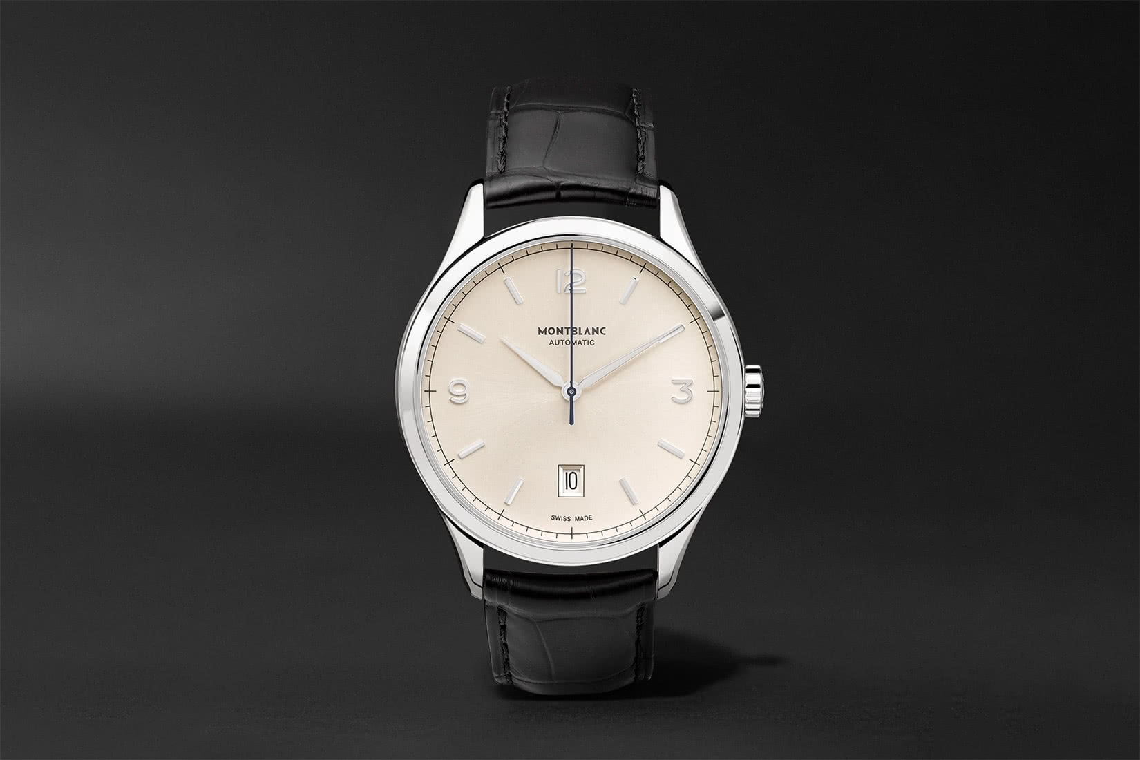best men watches montblanc heritage chronometrie review - Luxe Digital