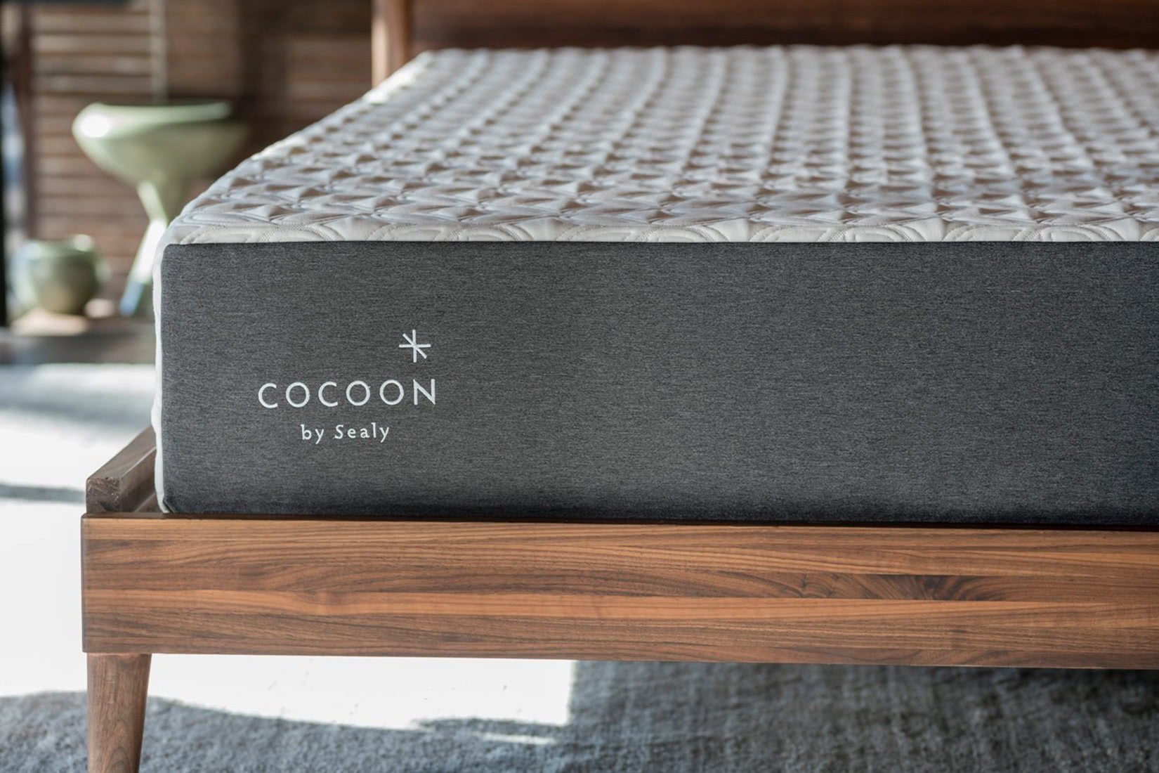 cocoon by sealy chill mattress review - Luxe Digital
