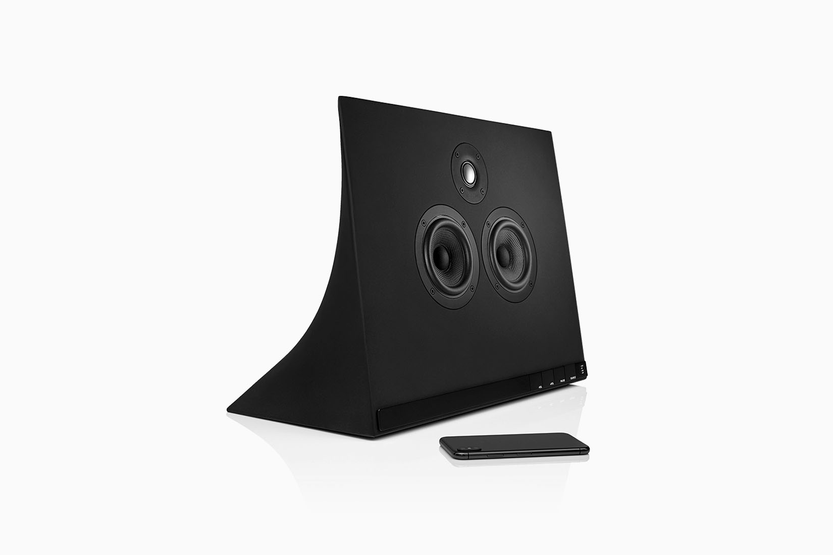 best bookshelf speakers master and dynamic review Luxe Digital