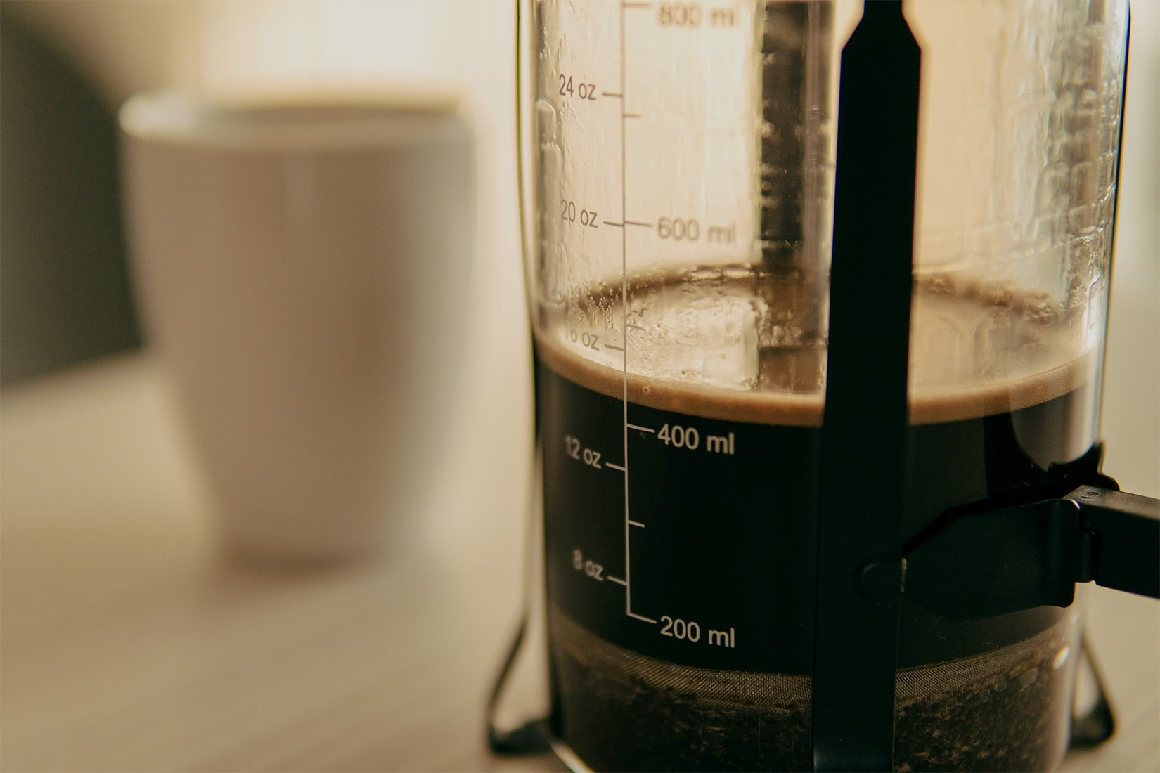 how to use French press easy coffee luxe digital