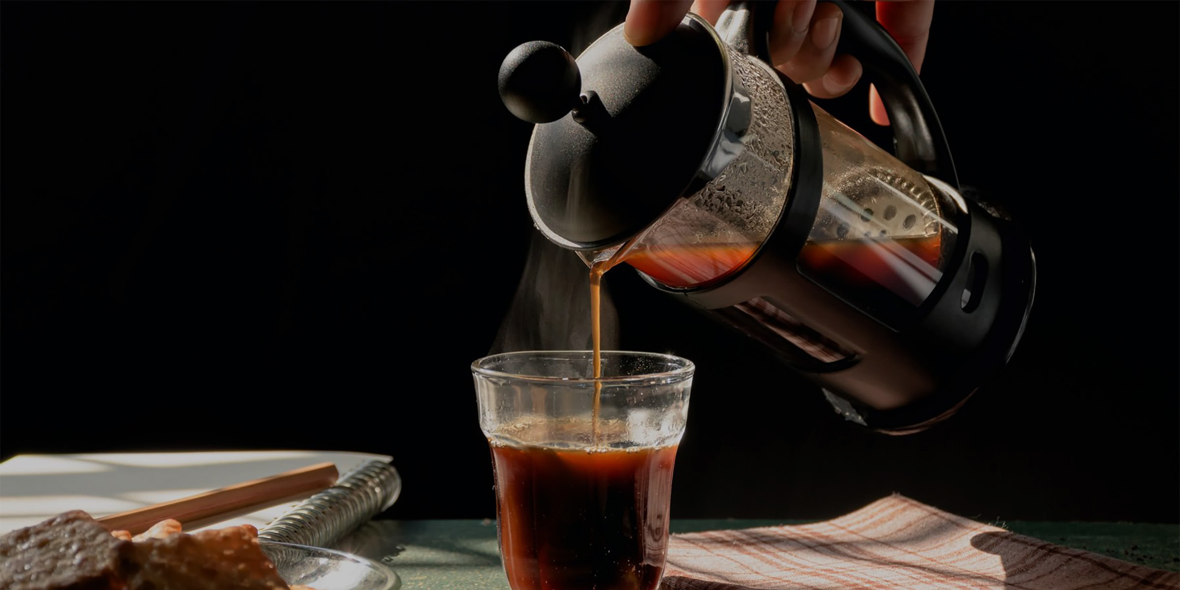 how to use French press coffee luxe digital