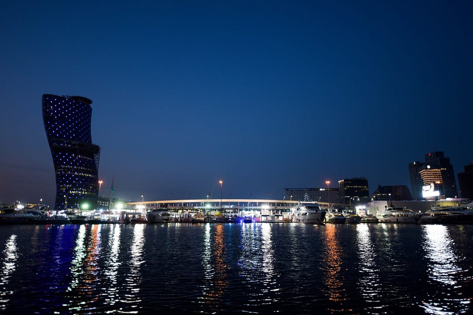 Abu Dhabi International Boat Show 2021 marina - Luxe Digital
