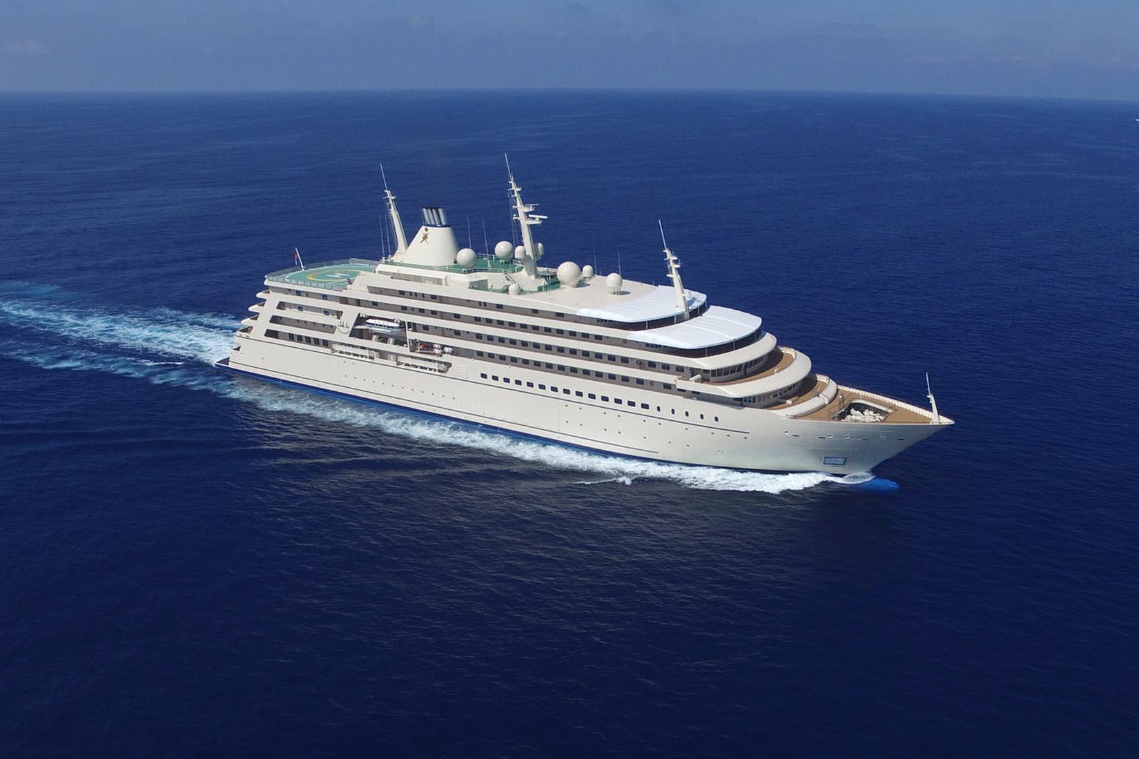 largest yacht al salamah review Luxe Digital