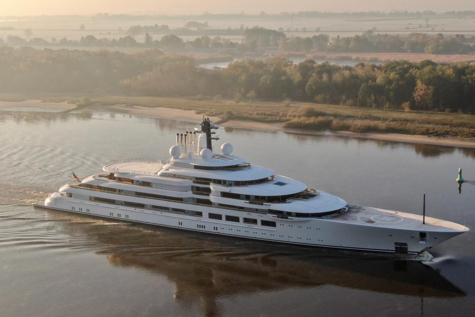 largest yacht scheherazade review Luxe Digital