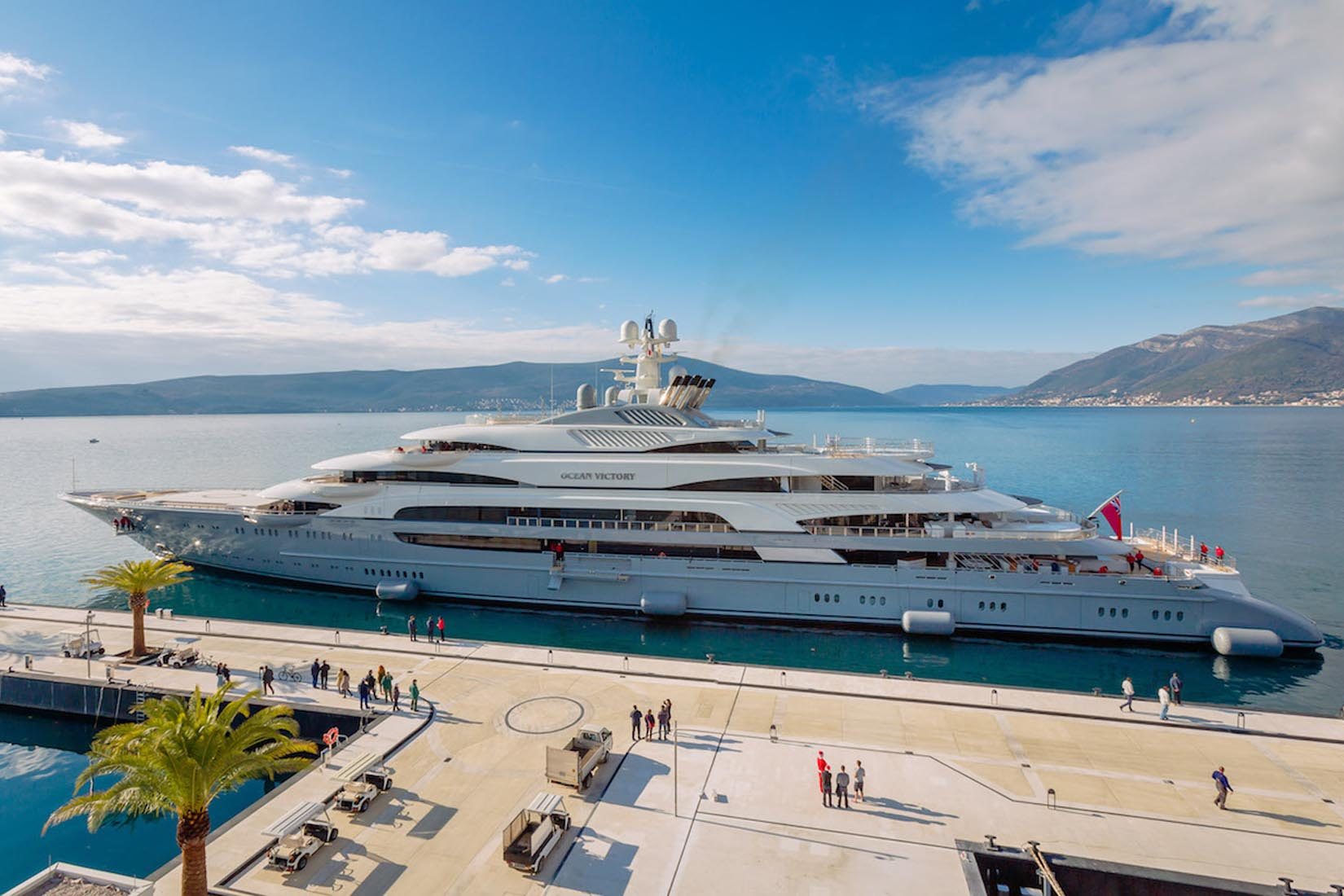largest yacht ocean victory review Luxe Digital