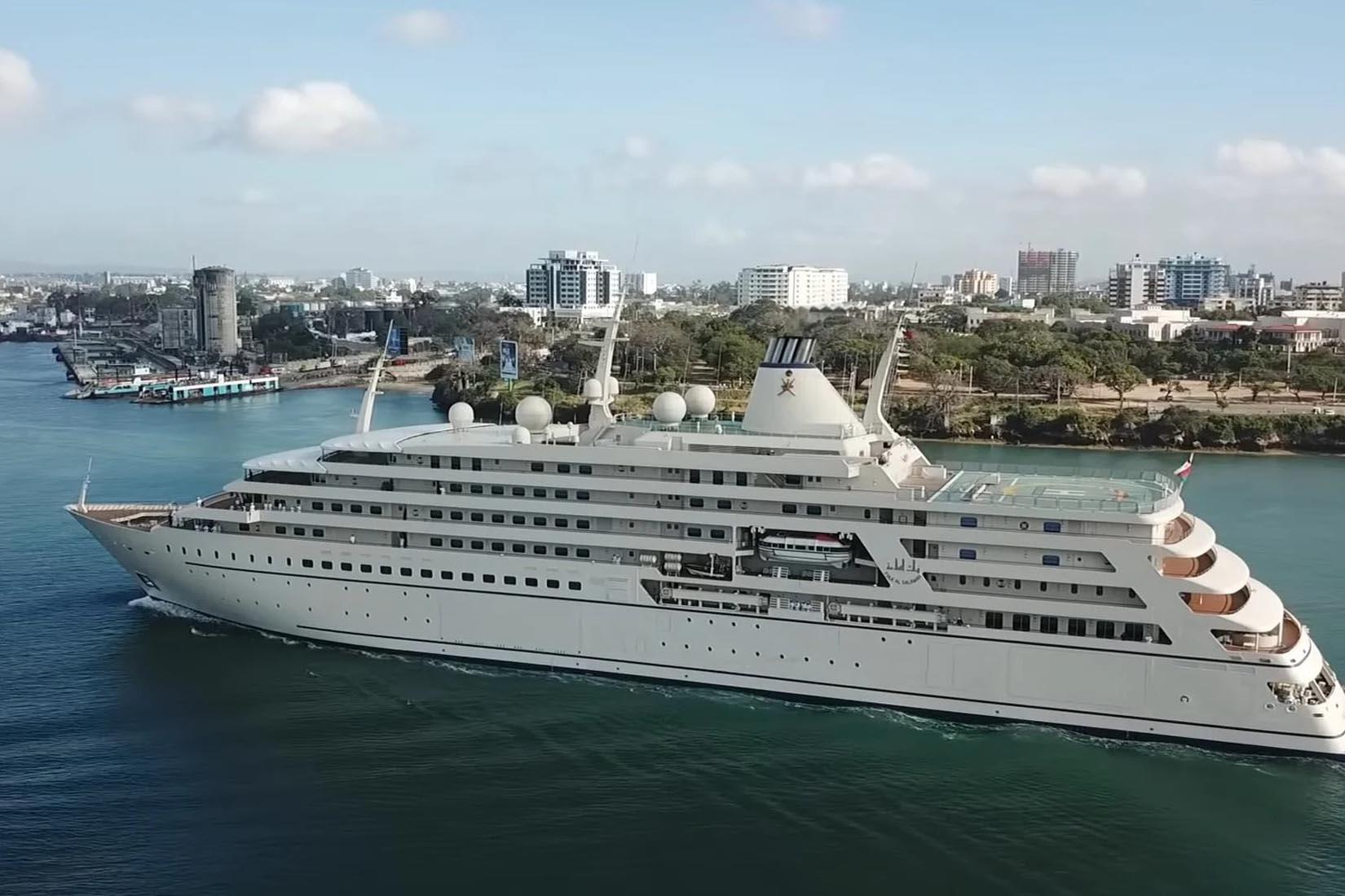 largest yacht fulk al salamah review Luxe Digital