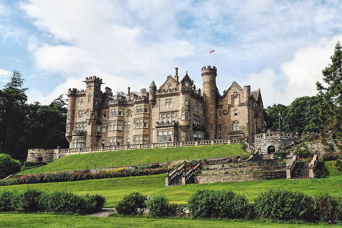 Best Wedding venues Skibo Castle, Scotland - Luxe Digital
