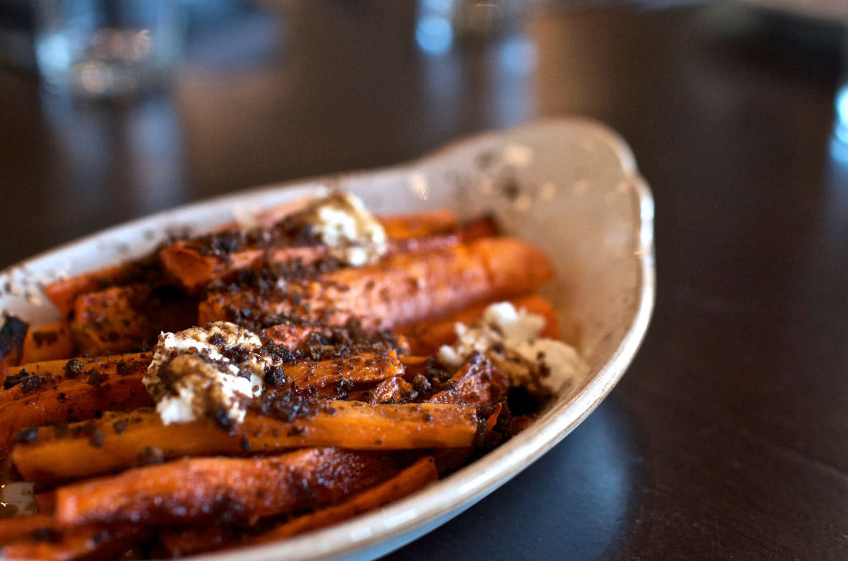 River Roast Restaurant Chicago Review dining vegetables carrots - Luxe Digital