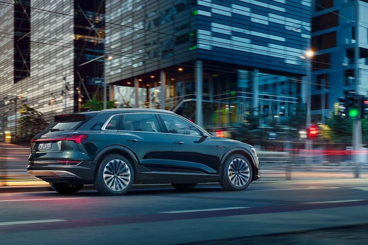 Audi e-tron 2020 best luxury SUV - Luxe Digital