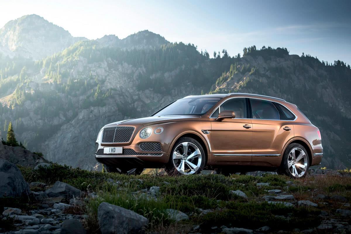 fastest luxury SUV - Luxe Digital