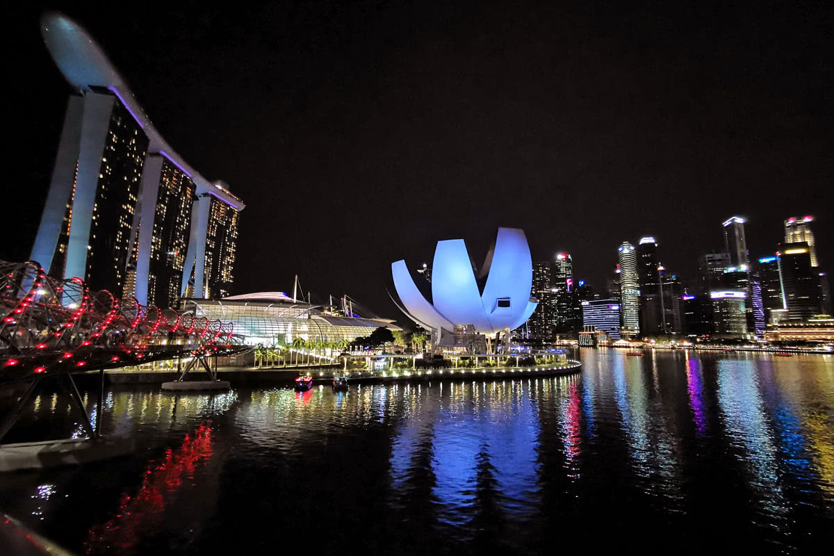 Huawei P30 Pro test camera night Singapore - Luxe Digital