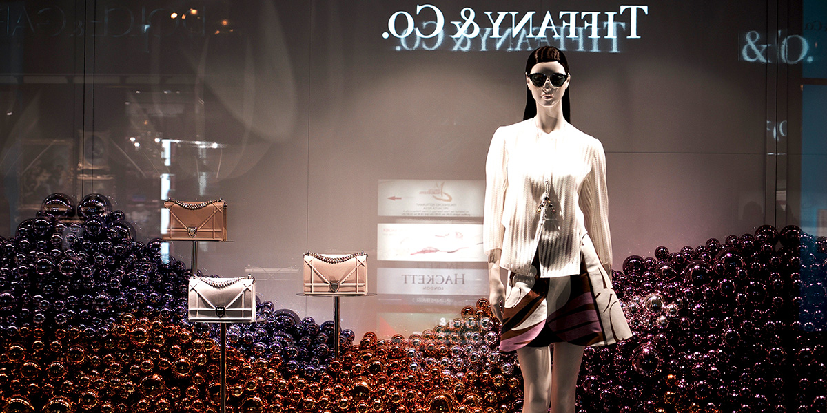 Storytelling and Showrooms: How Generation Z is Transforming the Future of Luxury Retail