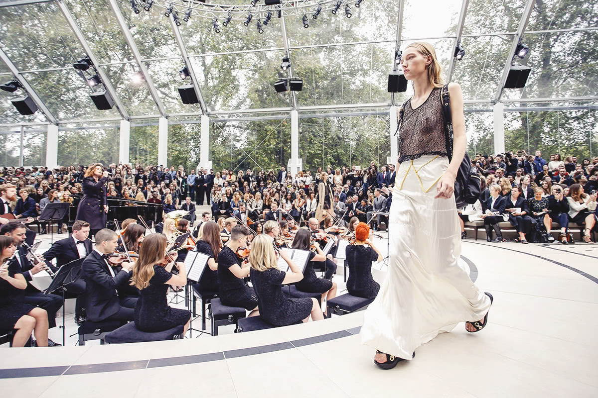 Luxe Digital luxury Burberry big data runway reality