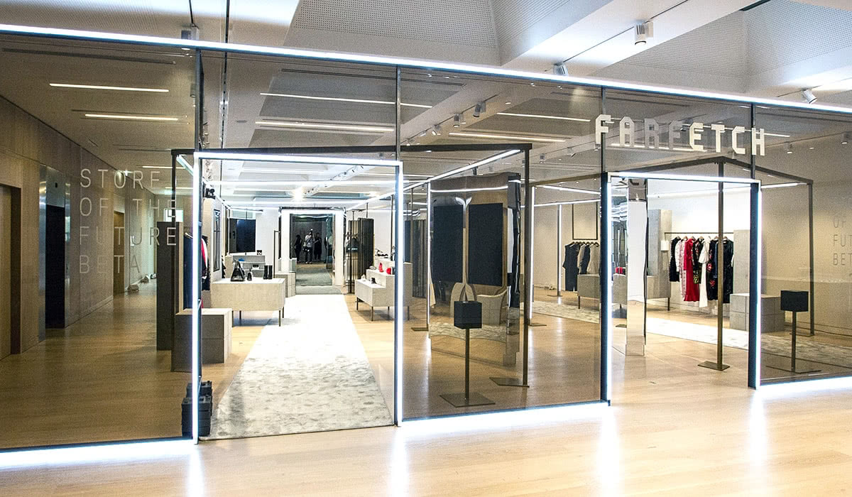 Luxe Digital luxury monobrand online retail Farfetch store of the future