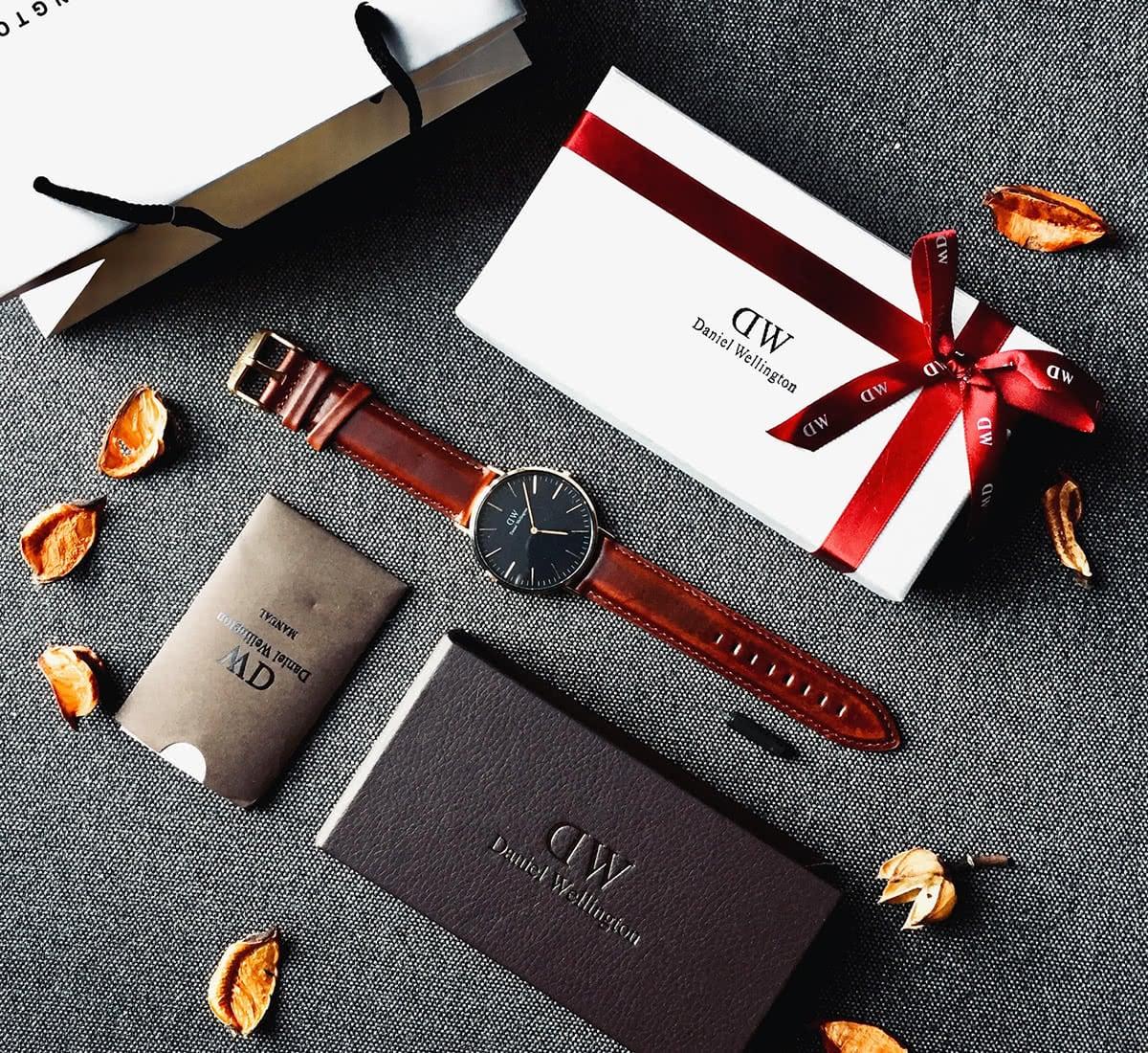 Luxe Digital luxury watch Daniel Wellington