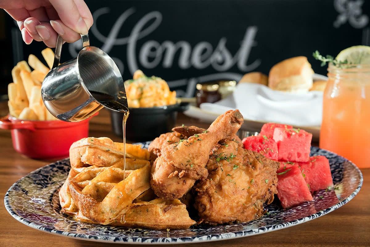 Luxe Digital restaurant Singapore The Bird MBS Waffle Fried Chicken