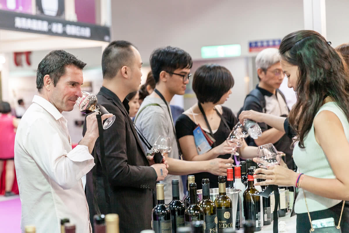 Luxe Digital luxury wine tasting Taipei